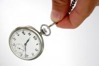 Hipnoz köstekli saat